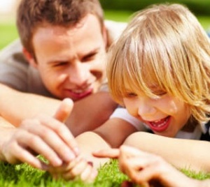 pujilan anak anda tips parenting ayah bunda anak buah hati
